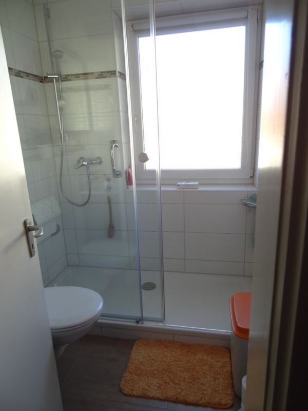bad renovieren klein aber fein landsberg am lech. Black Bedroom Furniture Sets. Home Design Ideas